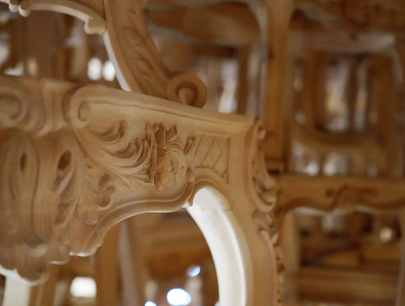 hand carved french consolle | P.& G. Cugini Lanzani